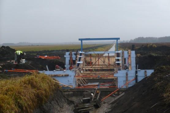 Budowa urządzeń hydrotechnicznych.